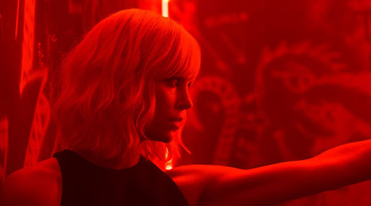 Review: Atomic Blonde — Sexy but complicated, with one crazy action scene