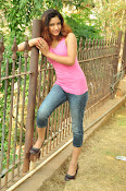 Aarthi glamorous photo gallery-thumbnail-30