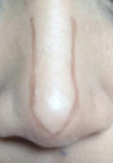 contour hidung dengan pensil alis