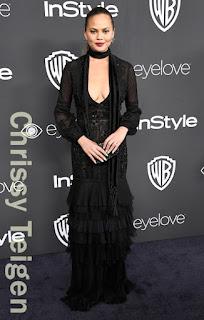 クリッシー・テイゲン(Chrissy Teigen)は、ジェイメンデル(J. Mendel)のドレスを着用。
