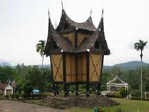 Nama Macam Macam Rangkiang Rumah Gadang Minangkabau
