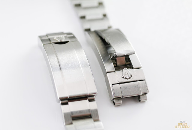 picture of Clasps of rolex Submariner (left) and Deepsea (right)