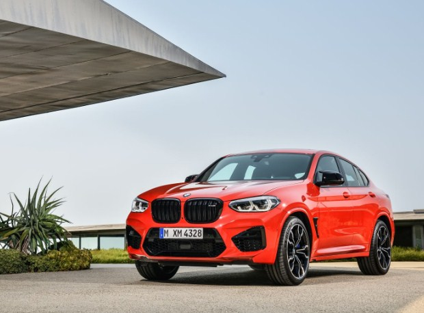bmw-x4-m-front-grill-headlights-front-exterior