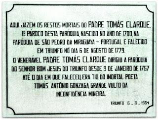 Igreja Bom Jesus do Triunfo (RS) - Lápide do Padre Tomás Clarque