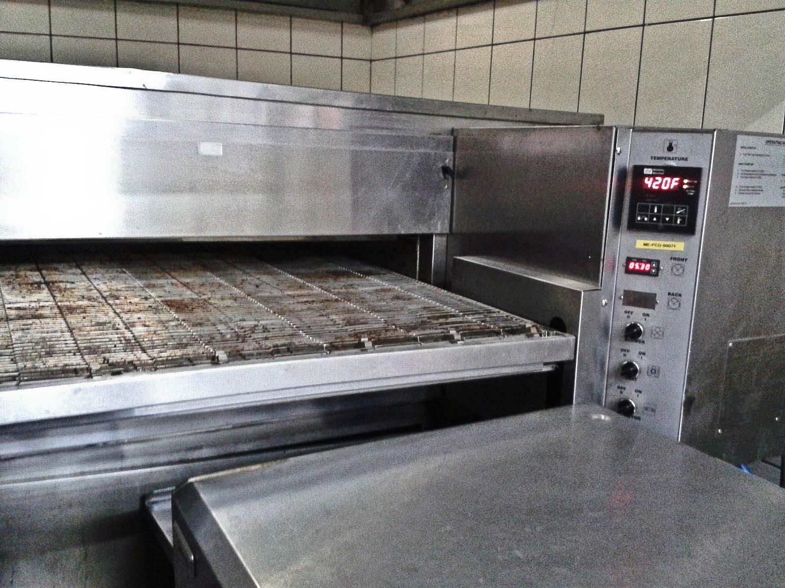 Foodaholix Pizza Corner Oven