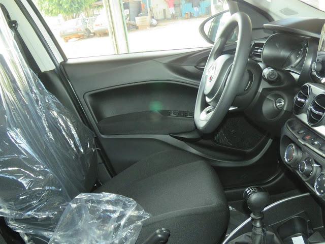 Fiat Argo 1.0 Drive - Interior