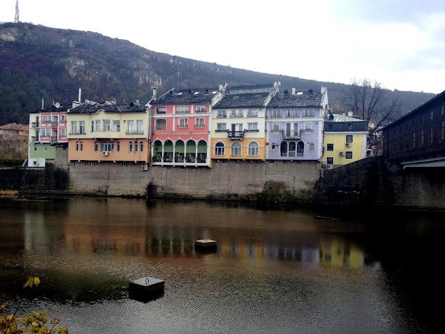 Casas de colores en Lovech