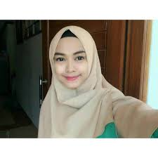 model hijab ria ricis simple