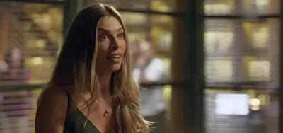 Paloma (Grazi Massafera) invadirá o escritório do vilão para enfrentá-lo em cena de Bom Sucesso