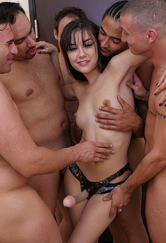 4 studs gangbang and share her pussy and ass fyff 5