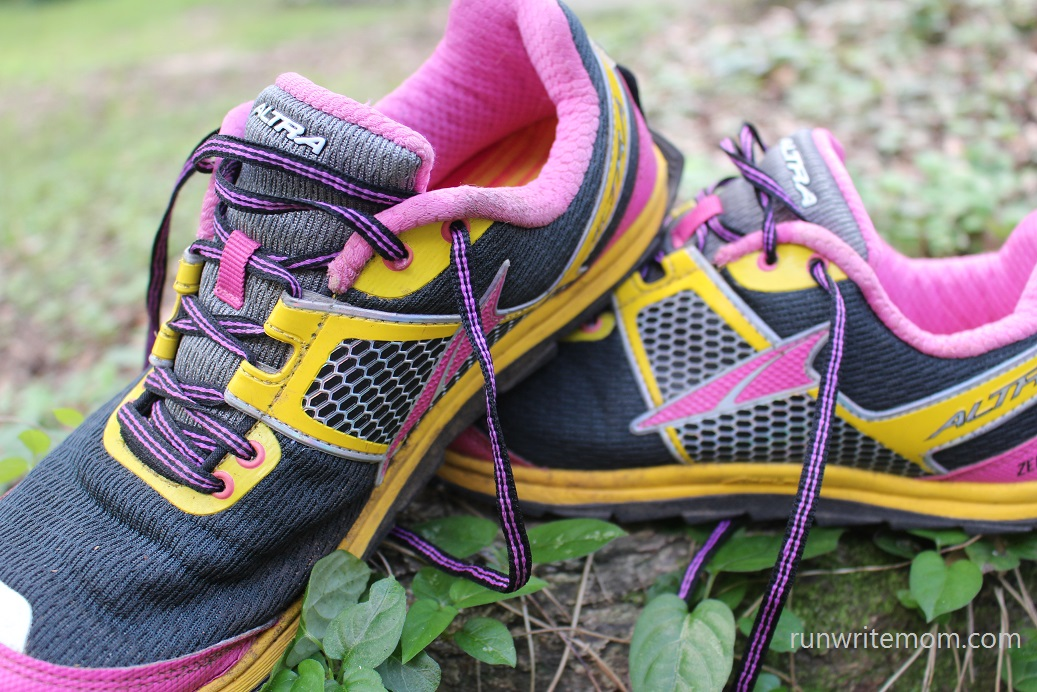 5ddf45985b3d7c Run. Write. Mom.  Altra Superior 1.5 ZeroDrop Trail Running Shoe Review