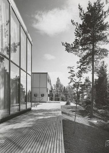 """Arne Korsmo og Christian Norberg-Schulz, """"Three houses in Planetveien"""", 1955. Photo Teigens fotoatelier"""