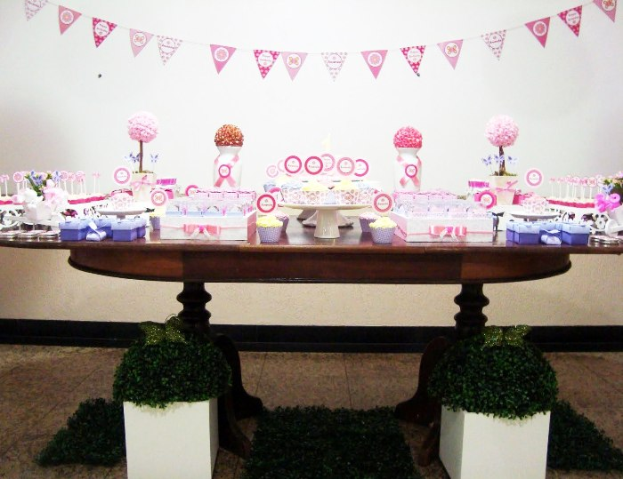 A Sweet Pink Butterfly Garden Party - BirdsParty.com