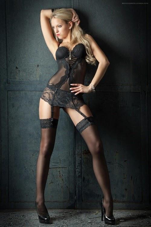 Sexy Stocking Babes Pics
