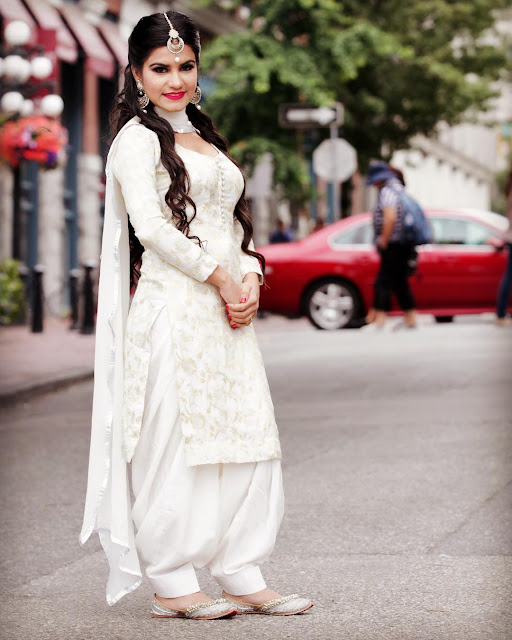 Kaur B Beautiful Images in White Punjabi Suit