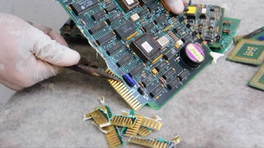 Recycle Gold From Old Computer Parts