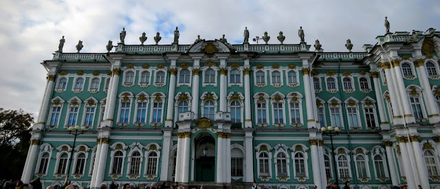 Things to see with 3 days visa-free in Russia: The Hermitage in St. Petersburg