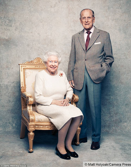 Three new portraits of Queen Elizabath and Prince Philip are released as they celebrate 70th anniversary (photos)