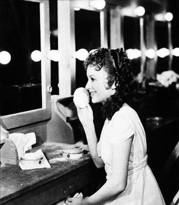 Olivia de Havilland detrás de las cámaras