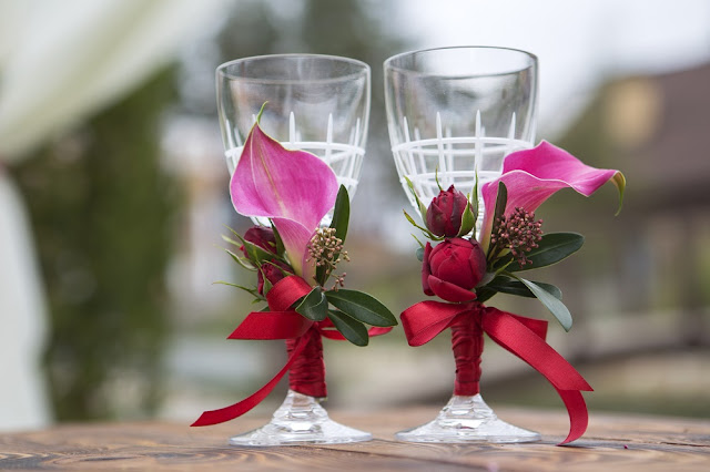 Why opt for Decorating Wine Glasses?