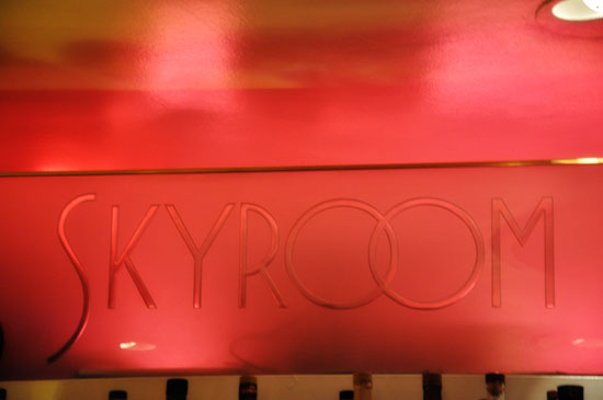 Skyroom Breakers Hotel Long Beach by Lady by Choice