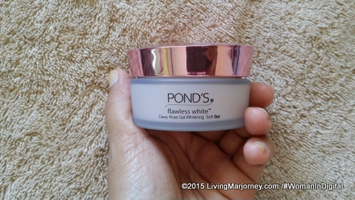 Ponds Flawless White Dewy Rose Gel Whitening Soft Gel