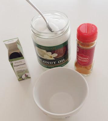 witte tanden: gebruik deze : coconut oil - pepermunt oil - kurkuma