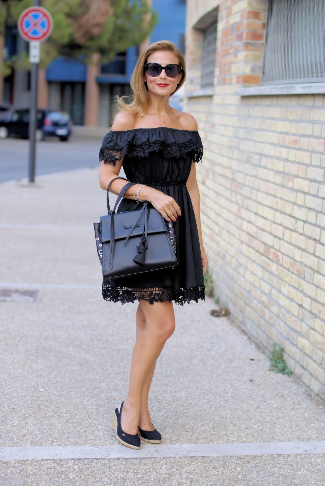 Lace and espadrilles on Fashion and Cookies fashion blog, fashion blogger style