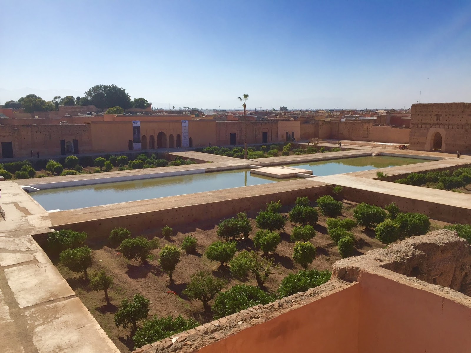 histoire du palais badii à marrakech