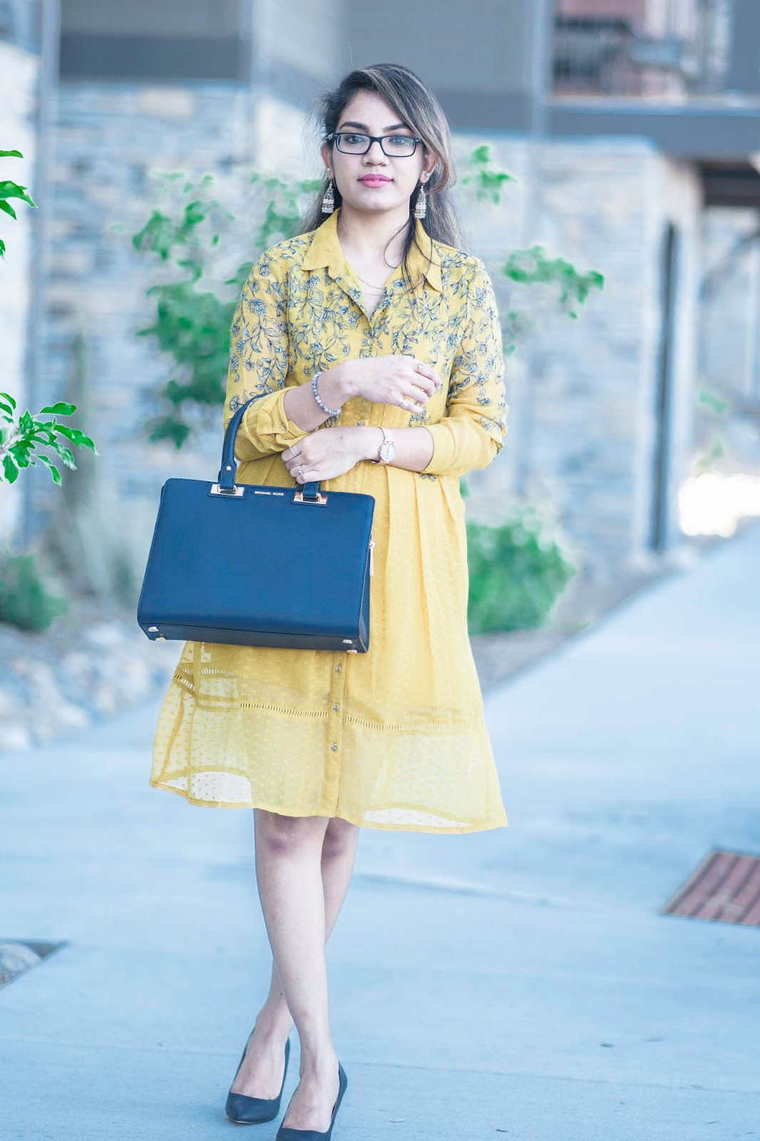 the-girl-in-yellow-dress