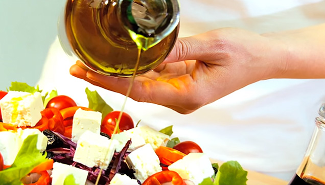 Bottled Salad Dressing that contains sugar, high fructose corn syrup and artificial color.