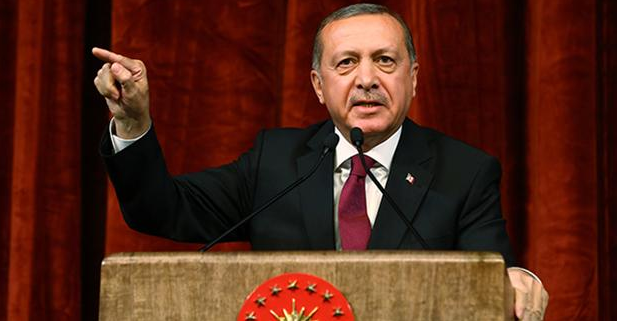 Presiden Erdogan Mengatakan Barat Mendukung Teror, Kudeta