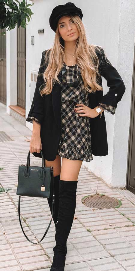 black blazer outfits | blazer casual | blazer black | Find the best work blazer with these 25 womens blazer outfit ideas. Best blazer styles and blazer fashion via higiggle.com #blazer #workoutfits #fashion #style
