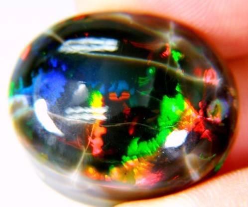 Misteri dan fenomena Batu Kalimaya Banten