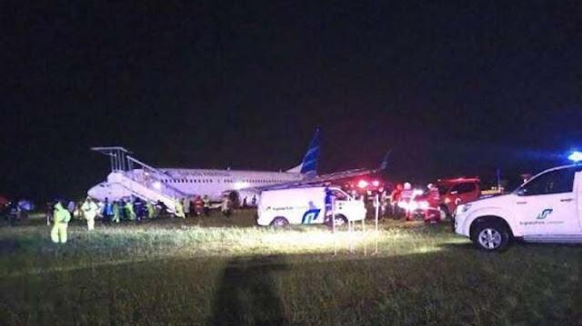 Pesawat Garuda Tergelincir saat Mendarat di Bandara Adisutjipto Jogja Minggu (25/11/2018)