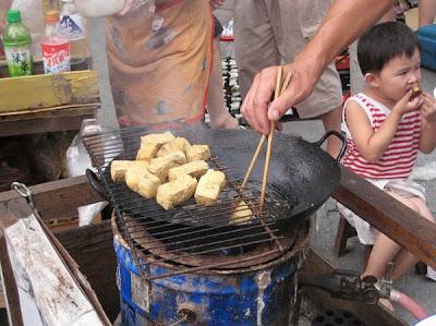 [Image: street_food_10.jpg]