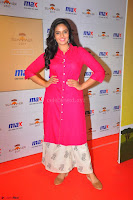 Sree Mukhi in Pink Kurti looks beautiful at Meet and Greet Session at Max Store (68).JPG