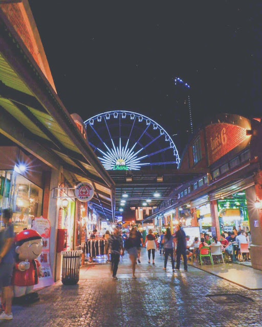 Bangkok Bagian 3: City Tour Si Pemalas yang Kesepian