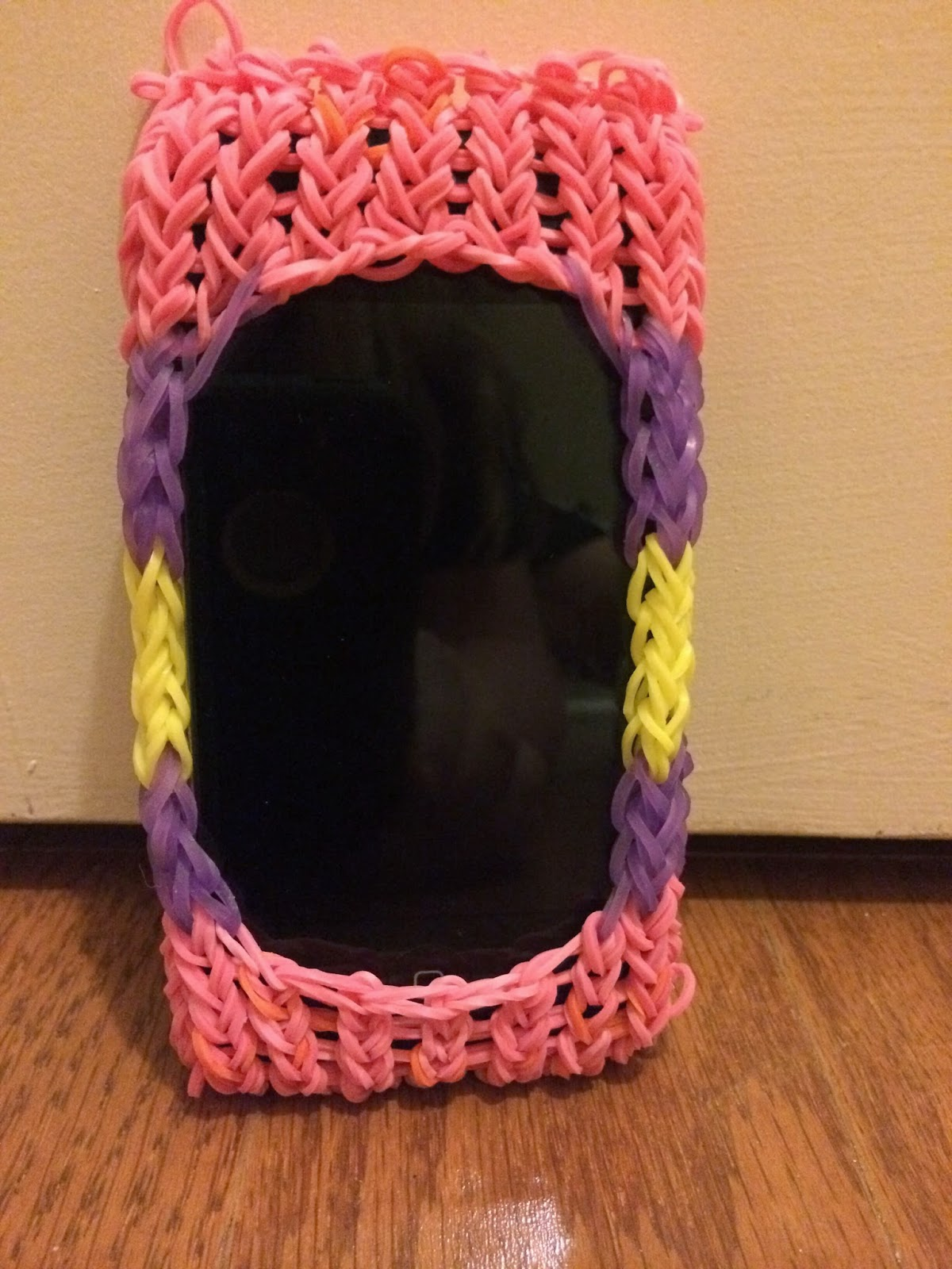 Phone Case Made Out Of Rubber Bands Aunt Bee S Recipes