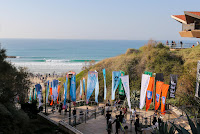 2 Line up and crowd at Kontiki Beach Seat Pro Netanya pres by Reef foto WSL Laurent Masurel