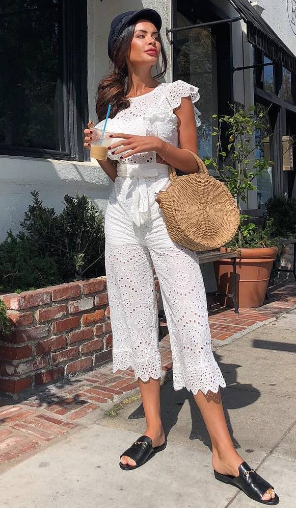 fashionbale outfit idea / hat + round bag + white romper + black slides