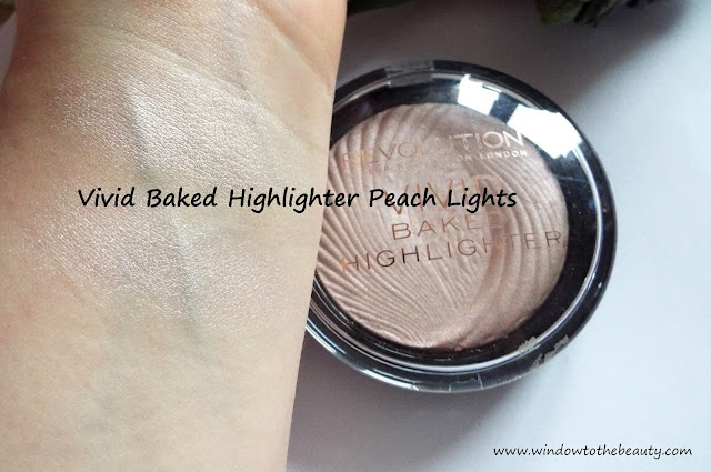 Vivid Baked Highlighter Peach Lights swatch