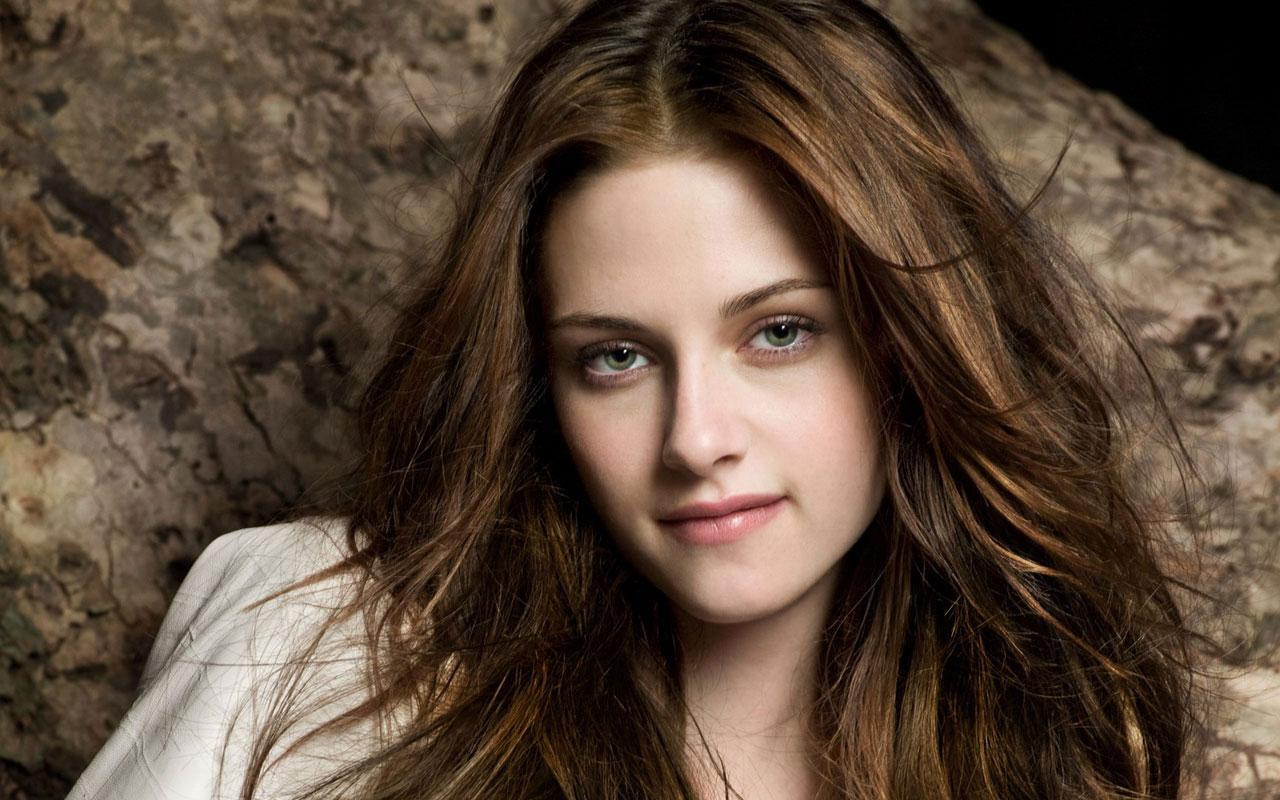 FamousCelebrityBible | Kristen Stewart