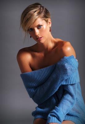 Anna Rawson atlet wanita cantik di Golf foto model cantik SPG padang Golf beredar foto indoor yang tampak nyata