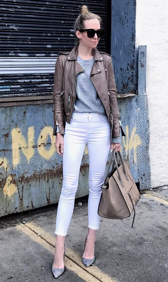 how to wear a brown leather jacket + white jeans + nude bag + heels + top