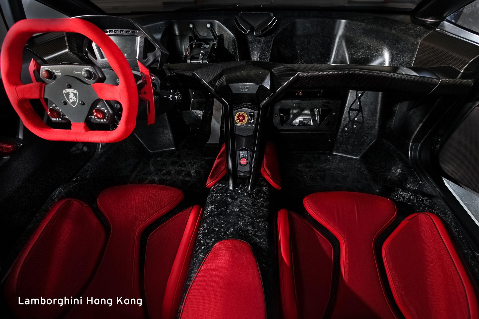 lamborghini sesto elemento entregado en hong kong. Black Bedroom Furniture Sets. Home Design Ideas