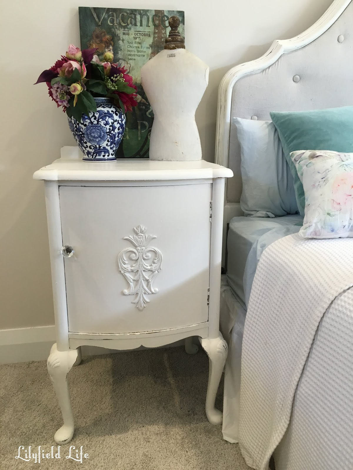 Lilyfield Life: White Painted Bedside Tables and Homewares
