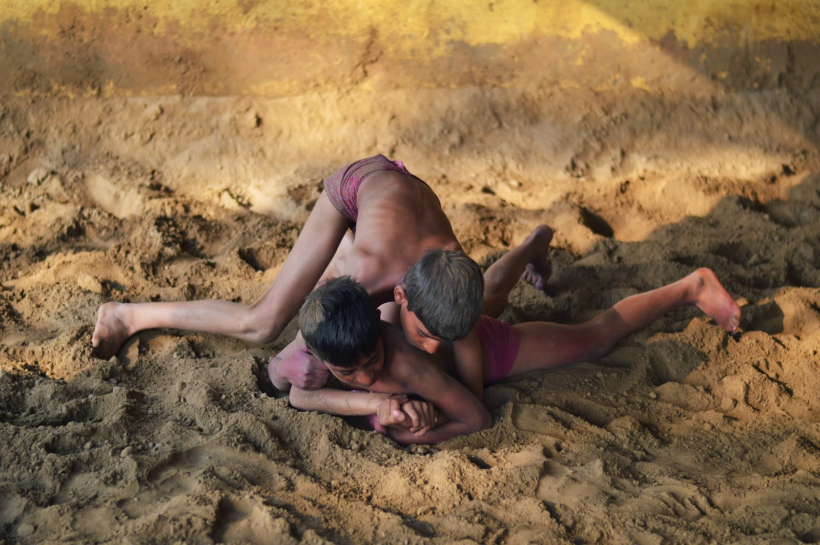 Indian boys playing kushti akhara pehalwan