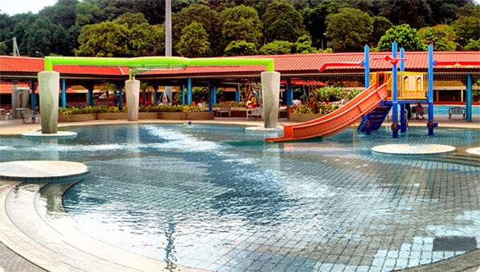 Another Swimming Pool I Remember Ly As A Kid Was The Woodlands Complex