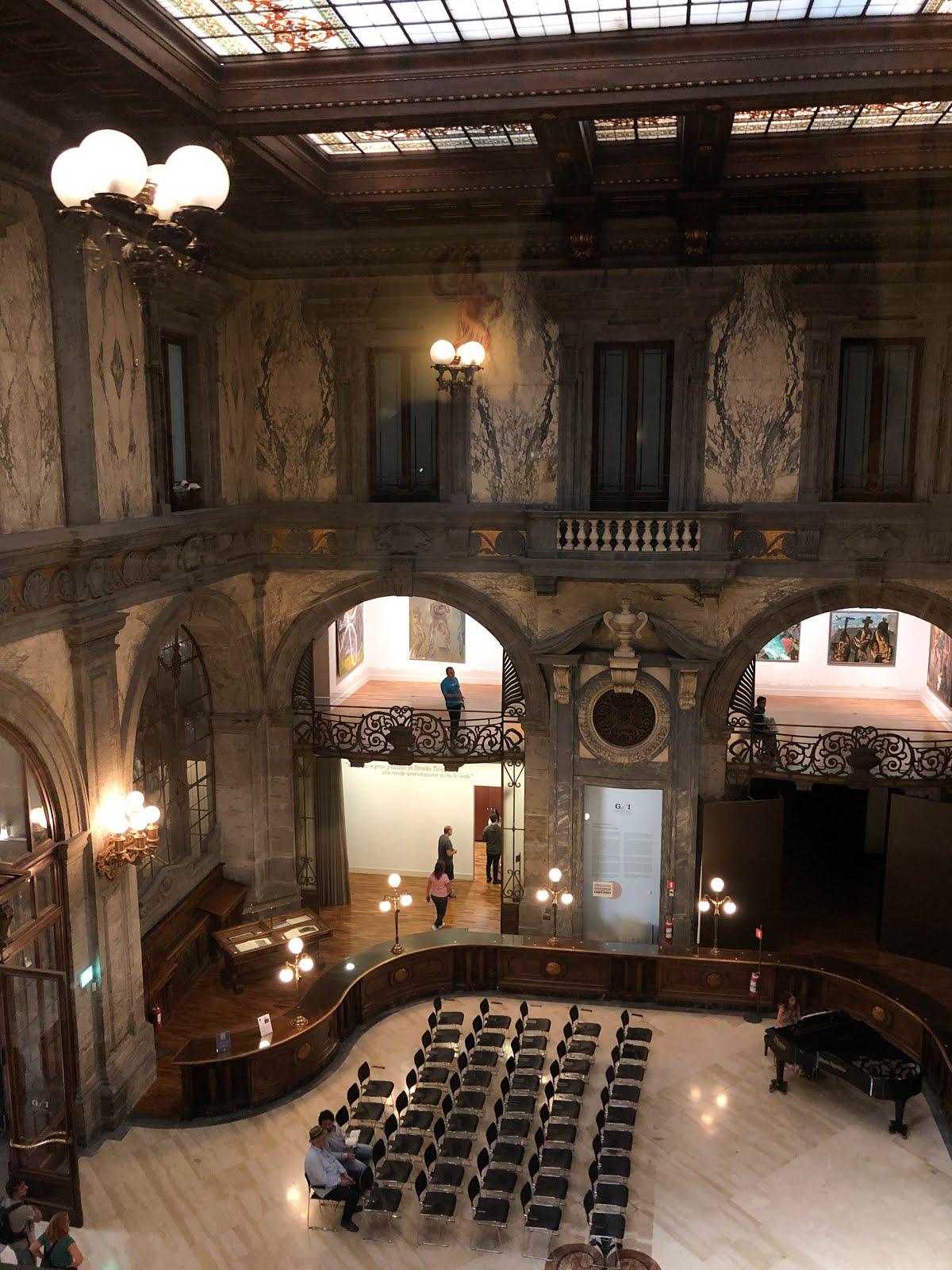 palazzo Zevallos Stigliano ubicato lungo via Toledo